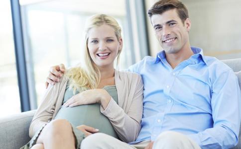 秋季孕妇穿什么好 如何选购孕妇装 秋季孕妇穿衣搭配