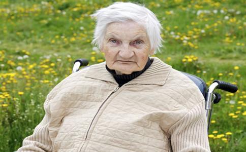 老年斑是怎么形成的 怎么祛除老年斑 祛除老年斑的方法