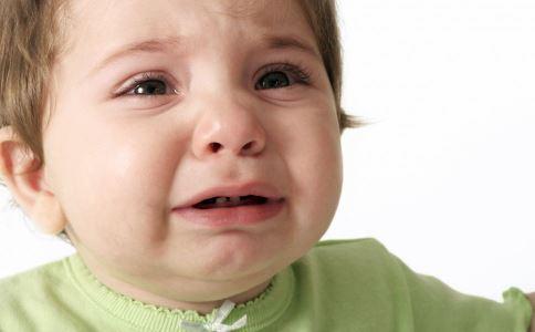 刚入园幼儿哭闹怎么办 新生入园哭闹怎么办 宝宝入园哭闹怎么办