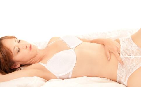 告別平胸小胸的方法 增大胸部的方法有哪些 平胸如何增大胸部