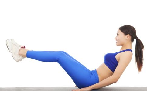 女性练出腰间腹肌的方法有哪些 腰间腹肌要如何锻炼 锻炼腰间腹肌的方法