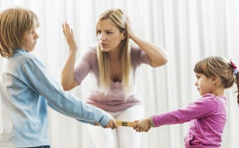 如何教育两个孩子 大宝欺负二宝怎么办 怎样教育两个孩子