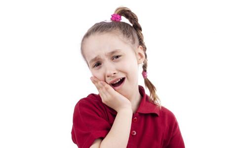 为什么会出现蛀牙 蛀牙对人体的危害 蛀牙出现的原因