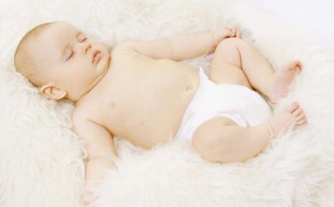 宝宝 关节 导致 孩子 发育 可以 个月 矫正 骨骼 站立 家长 原因