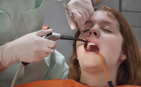 补牙会疼吗 补牙疼不疼 补牙的注意事项