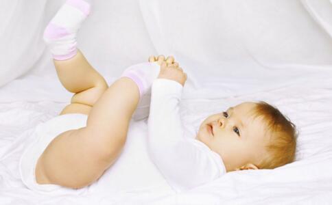 宝宝肚子胀气怎么办 宝宝肚子胀气怎么回事 宝宝肚子胀气症状