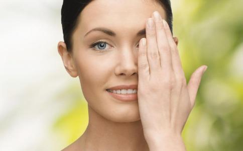 眼皮松弛下垂怎么办 双眼皮手术 眼部整形