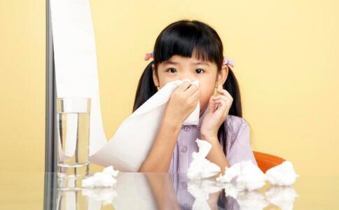 宝宝流鼻血怎么办 秋季宝宝流鼻血怎么办 宝宝流鼻血的原因