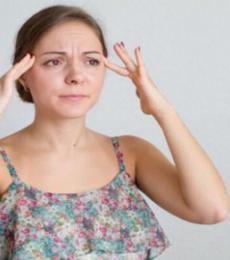 额头发黑肾不好 额头黑是怎么回事 肾不好的症状