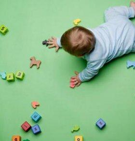 如何挑选玩具 宝宝玩玩具需要注意什么 宝宝玩玩具注意事项