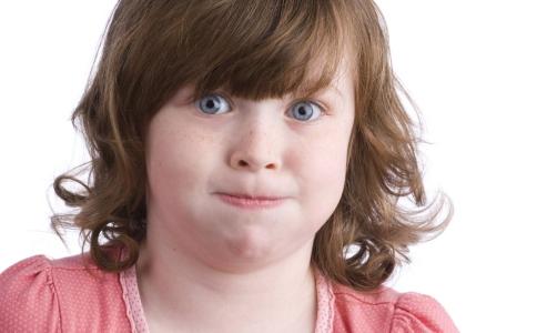 儿童肥胖的危害有哪些 小孩要怎么预防肥胖 儿童肥胖会导致性早熟吗