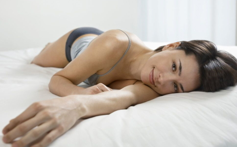 什么时候睡觉最减肥 睡觉减肥的方法有哪些 怎么睡觉可以减肥