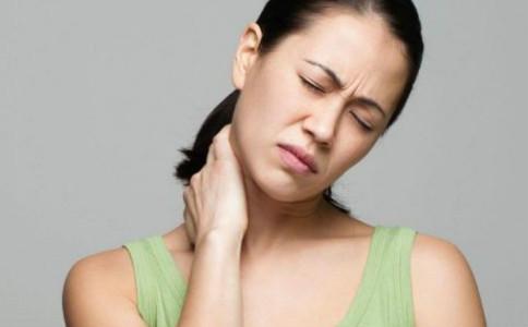 强直性脊椎炎的预防方法 强直性脊椎炎的症状 治疗强直性脊椎炎