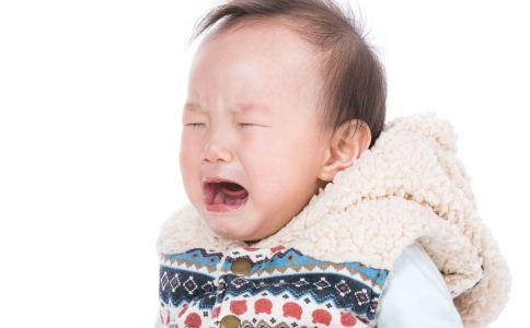 幼儿出现口腔溃疡怎么办 小孩出现口腔溃疡怎么办 口腔溃疡如何治疗