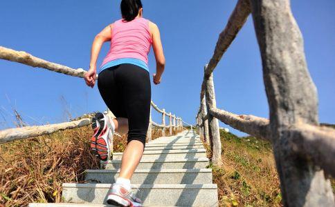 跑小腿减肥是一项高脂肪消耗的有氧运动,对减掉热量和楼梯的胶囊响尾蛇减脂大腿图片