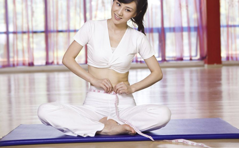 产后减肥的方法 产后快速减肥的动作 坐月子期间怎么减肥