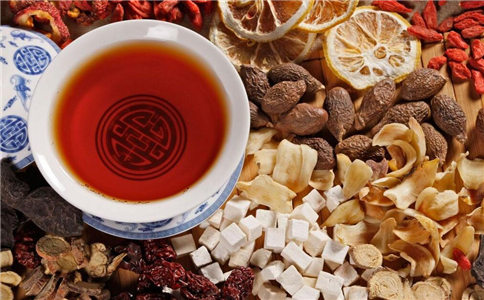中药煎糊了还能喝吗 煎糊的<a href=http://zhongyi.lishichunqiu.com/ target=_blank class=infotextkey>中医</a>不能喝的原因是什么 为什么煎糊的中药不能喝