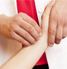 中医把脉看男女准不准 中医靠把脉能辨别男女性别吗 中医把脉看男女的原理