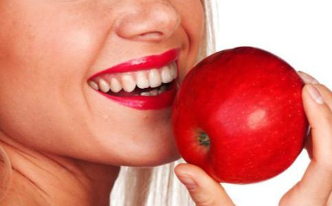 胆固醇高要吃哪些食物 胆固醇高有哪些食疗方法 哪些食物可以治疗胆固醇高