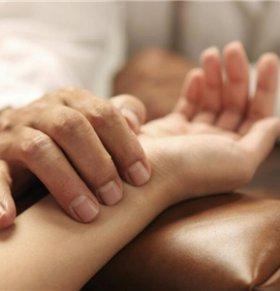 怀孕多久把脉能看出来 中医怎么看喜脉 把脉如何看怀孕多久