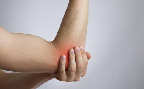 关节脱位有哪些表现 肘关节脱位的治疗方法有哪些 什么是肘关节脱位