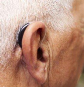 老人保护听力方法,老人怎么保护听力,国际爱耳日