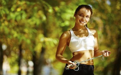 跳绳可以瘦腿吗 跳绳的瘦腿效果怎样 怎么跳绳可以减肥