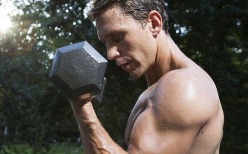 男性健身增肌要注意什么 健身增肌要注意哪些事项 男性健身增肌有什么要注意