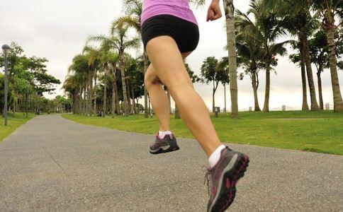 跑步为什么会关节痛 跑步关节痛的原因有哪些 跑步会引起哪些关节疾病