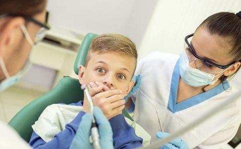 拔牙后的注意事项是什么 拔牙后要注意什么 不能拔牙的人有哪些