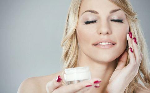 冬季怎么护肤 冬季护肤技巧 护肤方法有哪些