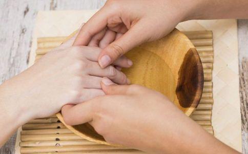 皮肤烫伤怎么办 皮肤烫伤怎么处理 皮肤烫伤怎么预防留疤
