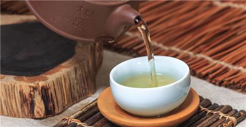 上班族防辐射可以喝杯鱼腥草茶