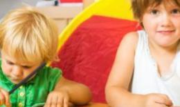生二胎 两个孩子经常吵架怎么办