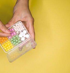 紧急避孕药的副作用 避孕药有哪些副作用 避孕药的种类