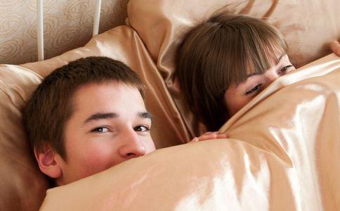 夫妻生活不和谐的原因 夫妻生活不和谐怎么办 过夫妻生活的好处