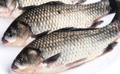 红烧鲫鱼怎么做 红烧鲫鱼有哪些做法 红烧鲫鱼有什么营养
