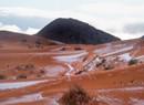 撒哈拉沙漠降雪的奇观 全球最热地方迎来降雪
