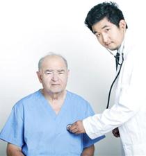 癌症中晚期能治好吗 癌症中晚期还要治吗 带癌生存