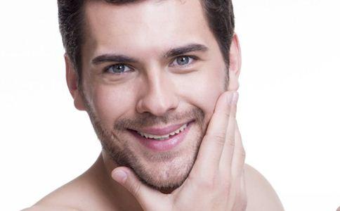 男性保养肌肤的技巧 如何选择男性护肤品 男性如何养护肌肤