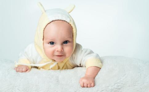 宝宝肺炎的症状 冬季如何预防小儿肺炎 小儿肺炎怎么办
