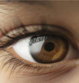 吃什么对眼睛好 从眼屎能看出什么病 怎么从眼屎看病