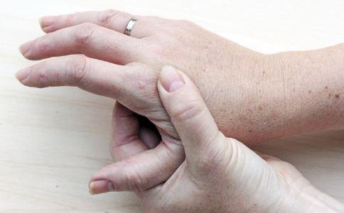 高血脂的症状与表现 高血脂的表现 高血脂如何预防