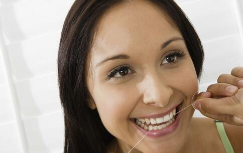 如何预防口腔溃疡 口腔溃疡的病因 口腔溃疡的预防方法