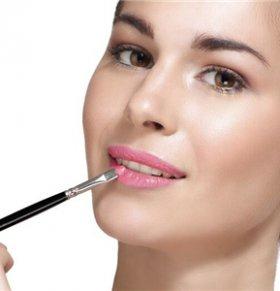 怎么从唇色看健康 如何从嘴唇颜色判断健康 怎样的唇色才是健康