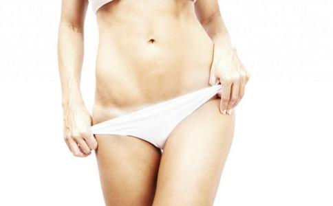 女性阴部长红疙瘩是怎么回事 女性尖锐湿疣怎么治 尖锐湿疣的治疗方法有哪些