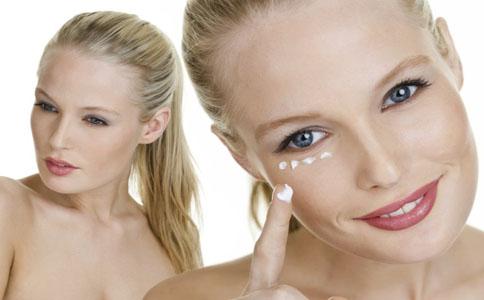 怎样消除眼袋 消除眼袋的方法有哪些 消除眼袋该怎么做
