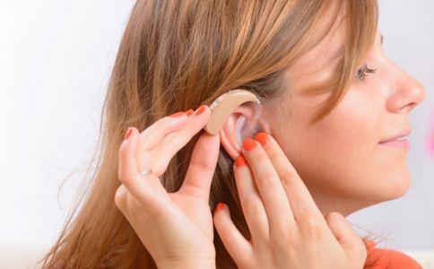 为什么会耳聋 引起耳聋的原因有哪些 缓解耳聋的方法有哪些