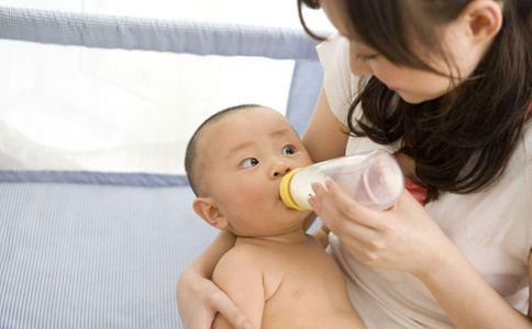 如何判断宝宝便秘 宝宝便秘吃什么 宝宝便秘如何调理
