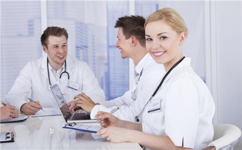 直肠脱垂的临床表现 直肠脱垂的治疗方法 直肠粘膜脱垂怎么办